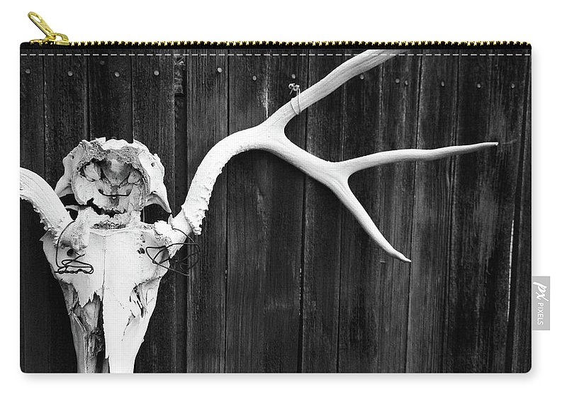 Animal Skull Carry-all Pouch featuring the photograph Southwest Americana by Amygdala imagery