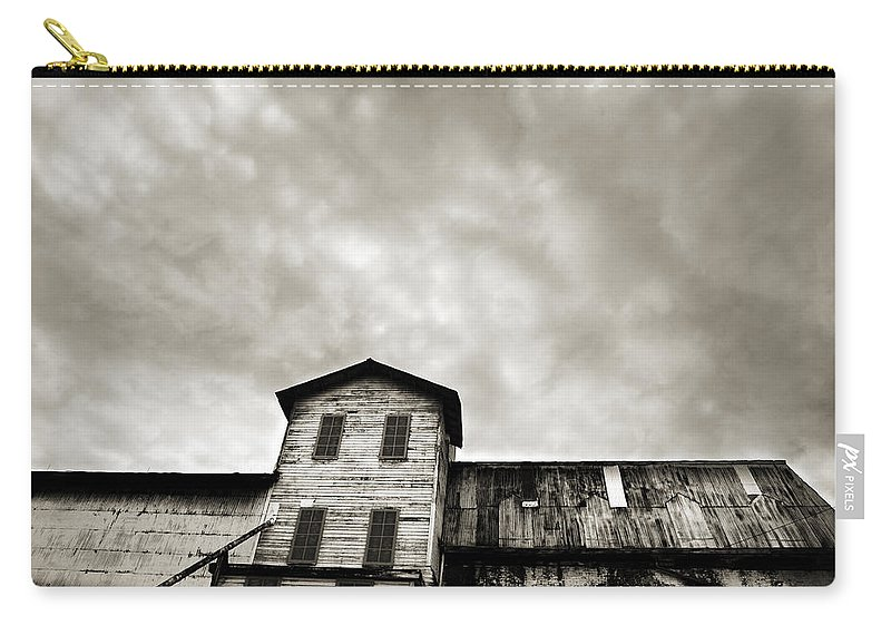 Building Carry-all Pouch featuring the photograph Spooky Grain Elevator by Marilyn Hunt
