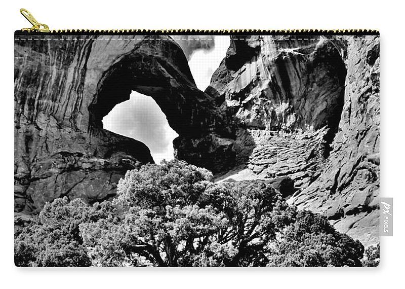 Arches Carry-all Pouch featuring the photograph Stark Double Arch by Benjamin Yeager
