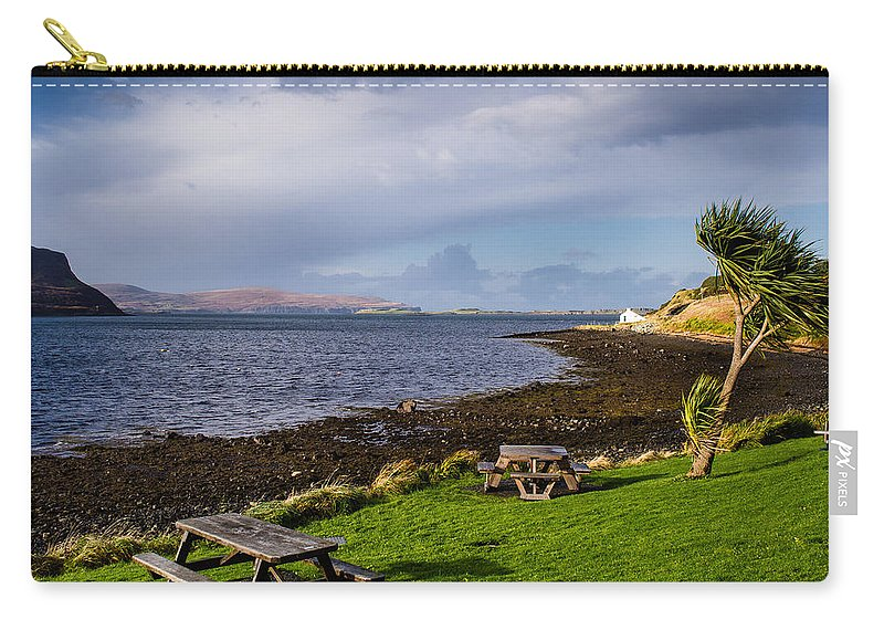 Scotland Carry-all Pouch featuring the photograph Stein Inn Skye by Mark Llewellyn