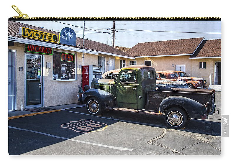 Route 66 Carry-all Pouch featuring the photograph Studebaker by Angus Hooper Iii