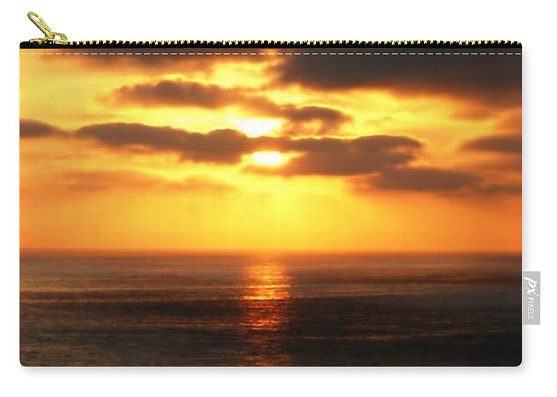 Sunset Carry-all Pouch featuring the photograph Sun Down by Diana Angstadt