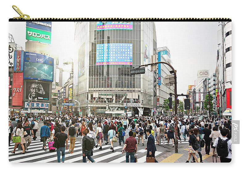 Crowd Carry-all Pouch featuring the photograph Sunny Day In Shibuya by Xavierarnau