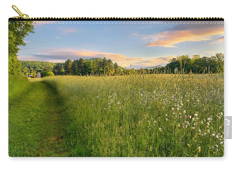 Farms And Barns Carry-all Pouch featuring the photograph Sunny Valley Sunrise by Bill Wakeley
