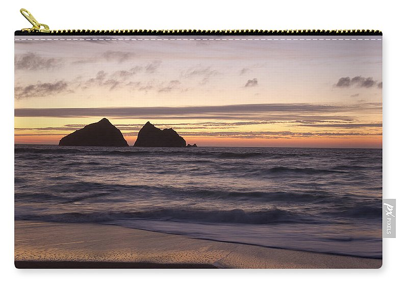 Cormwall Carry-all Pouch featuring the photograph Sunset At Holywell Bay by Chris Smith