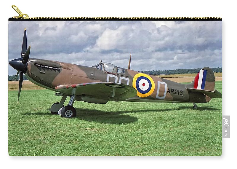 Supermarine Carry-all Pouch featuring the photograph Supermarine Spitifire 1a by Paul Gulliver