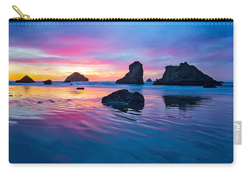 Bandon Carry-all Pouch featuring the photograph Surprise Sunset by Patricia Davidson