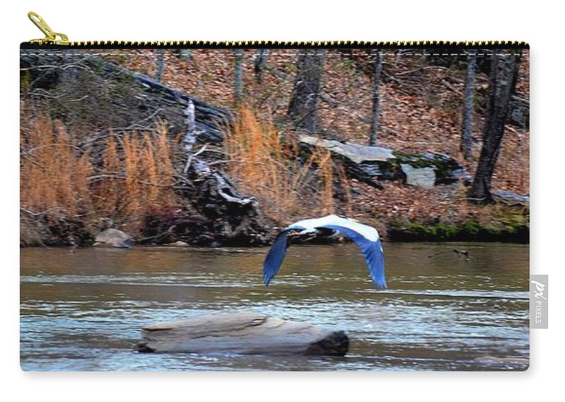 Heron Carry-all Pouch featuring the photograph Sweetwater Heron In Flight by Tara Potts