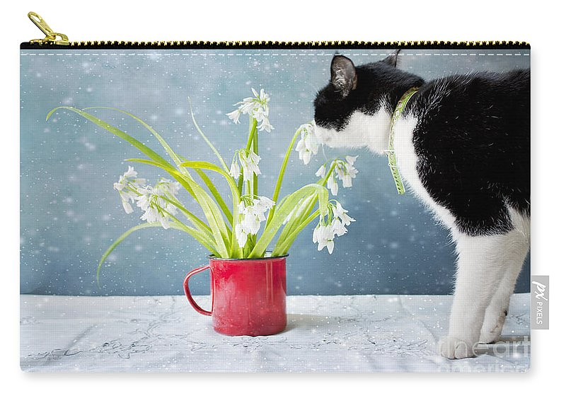 Flowers Carry-all Pouch featuring the photograph Taking Time To Smell The Flowers by Linda Lees