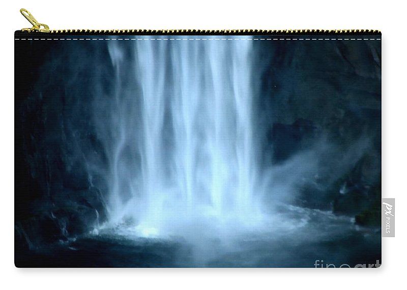 Taughannock Falls Carry-all Pouch featuring the photograph Taughannock Falls Closeup by Rose Santuci-Sofranko