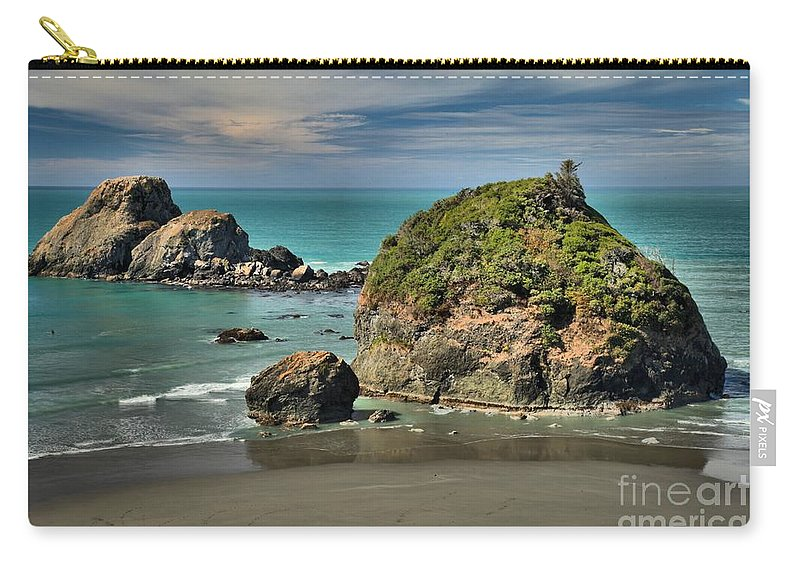 Trinidad California Carry-all Pouch featuring the photograph Temporary Island by Adam Jewell