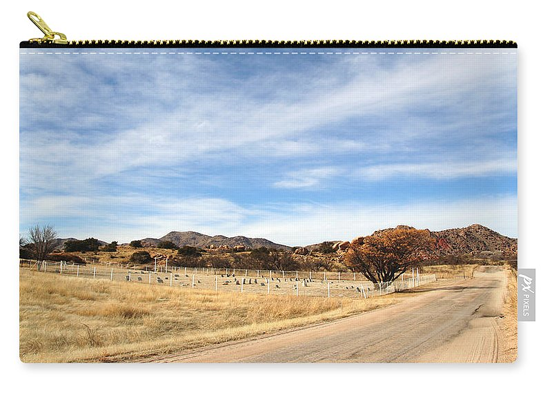 Texas Canyon Carry-all Pouch featuring the photograph Texas Canyon In February by Joe Kozlowski