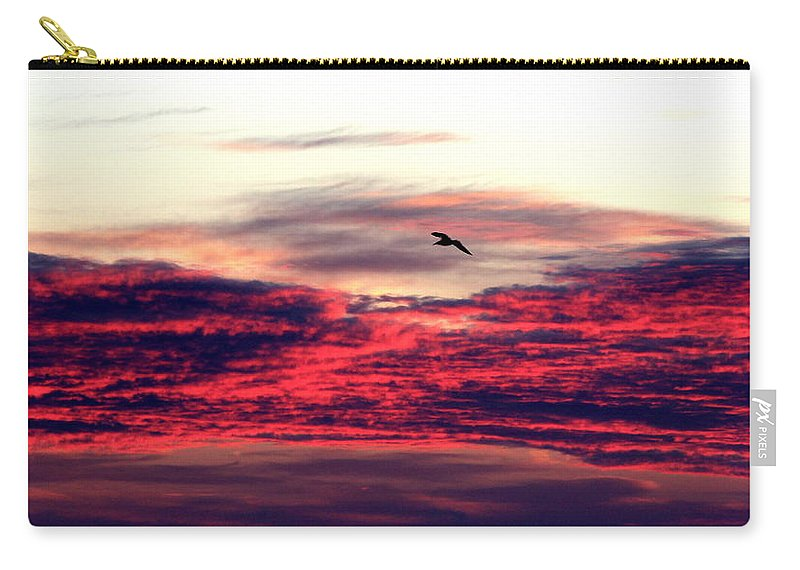 Sun Rise Carry-all Pouch featuring the photograph Textured Clouds by Rand Wall