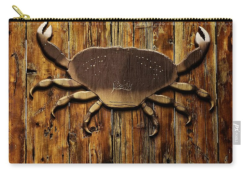 Newport Carry-all Pouch featuring the photograph The Art Of The Crab by Image Takers Photography LLC - Carol Haddon