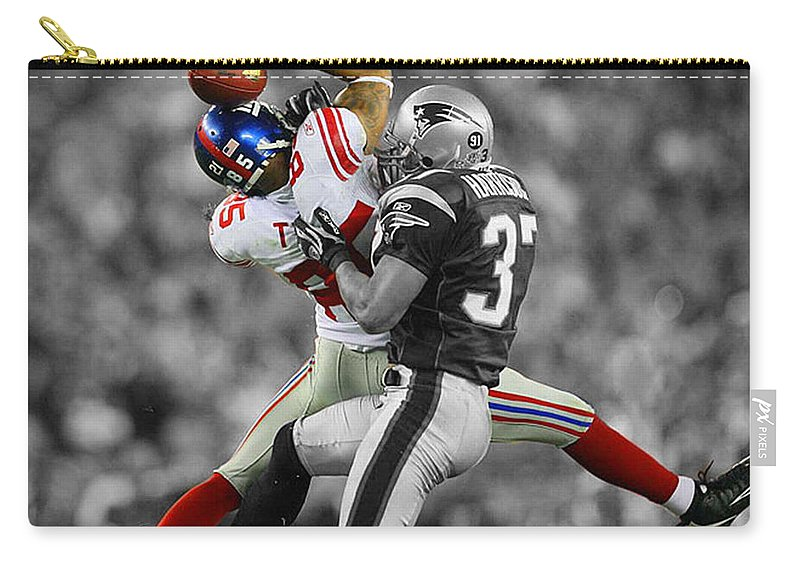 David Tyree Carry-all Pouch featuring the mixed media The Catch by Brian Reaves
