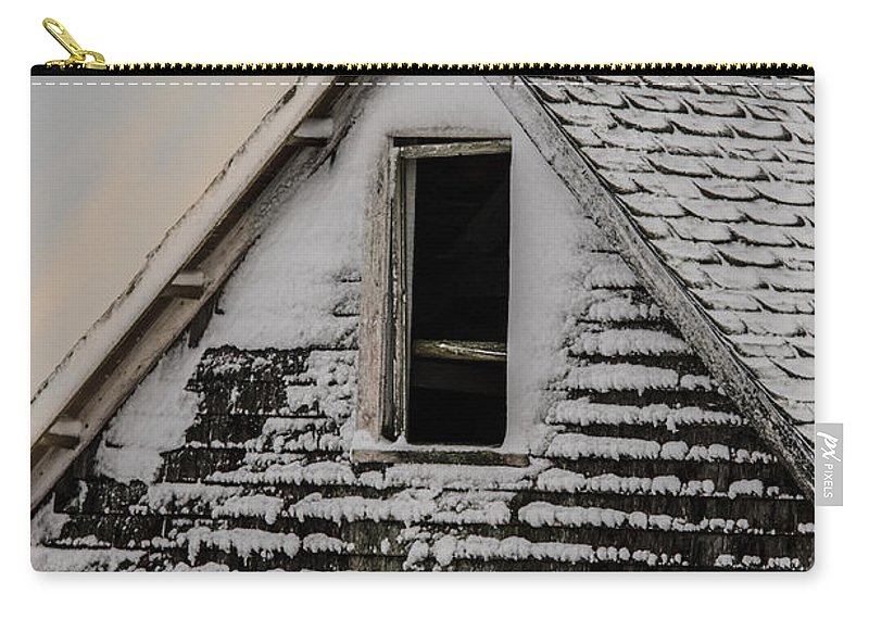Barn Carry-all Pouch featuring the photograph The Crows Nest by Susan Capuano