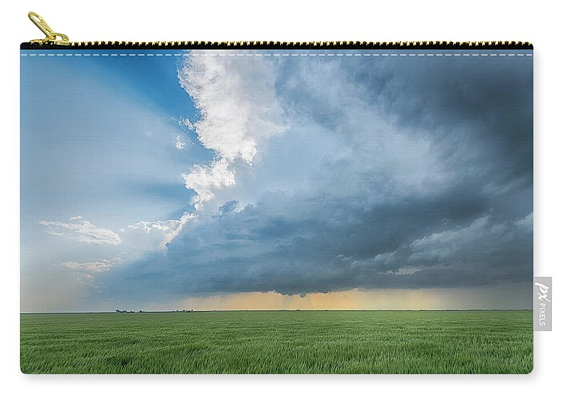 Scenics Carry-all Pouch featuring the photograph The Edge by Www.dennisoswald.de