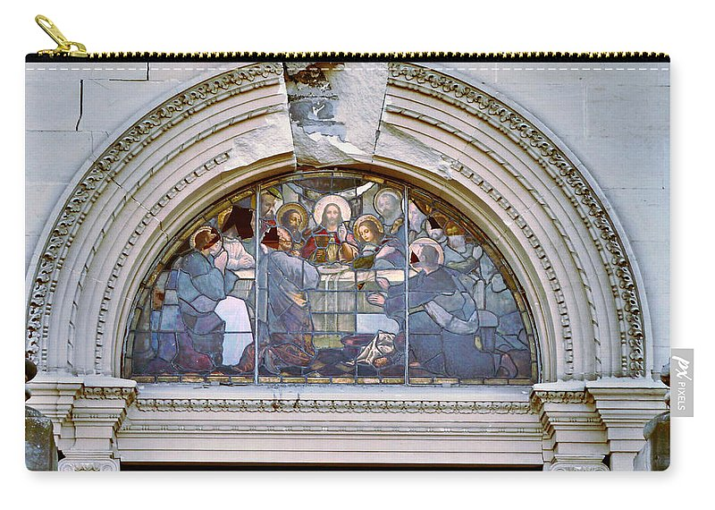 Cathedral Of The Blessed Sacrament Carry-all Pouch featuring the photograph The Last Supper by Steve Taylor
