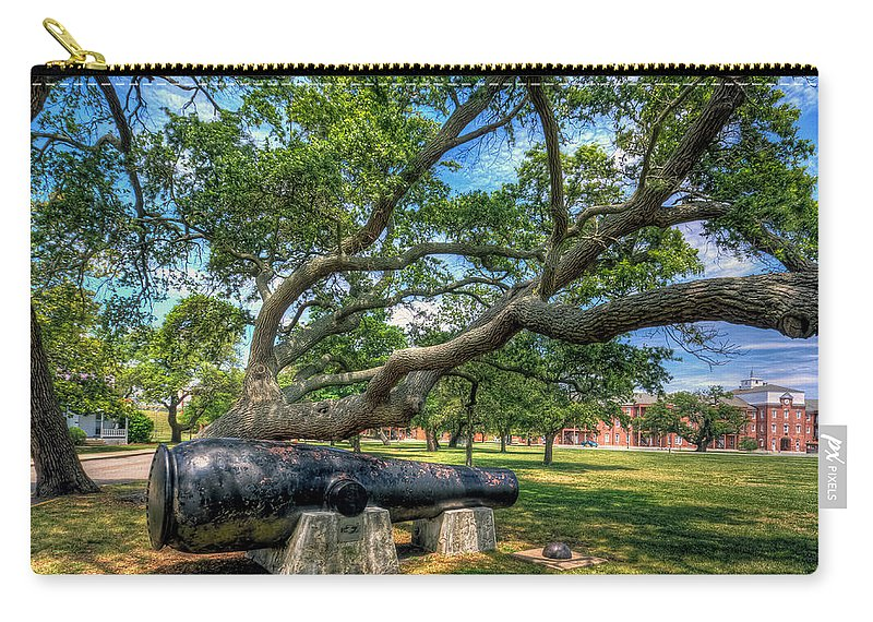 Casemate Carry-all Pouch featuring the photograph The Lincoln Gun by Jerry Gammon