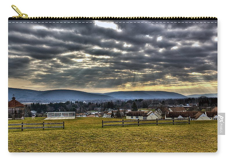 Horseheads Carry-all Pouch featuring the photograph The Perfect View by Tim Buisman