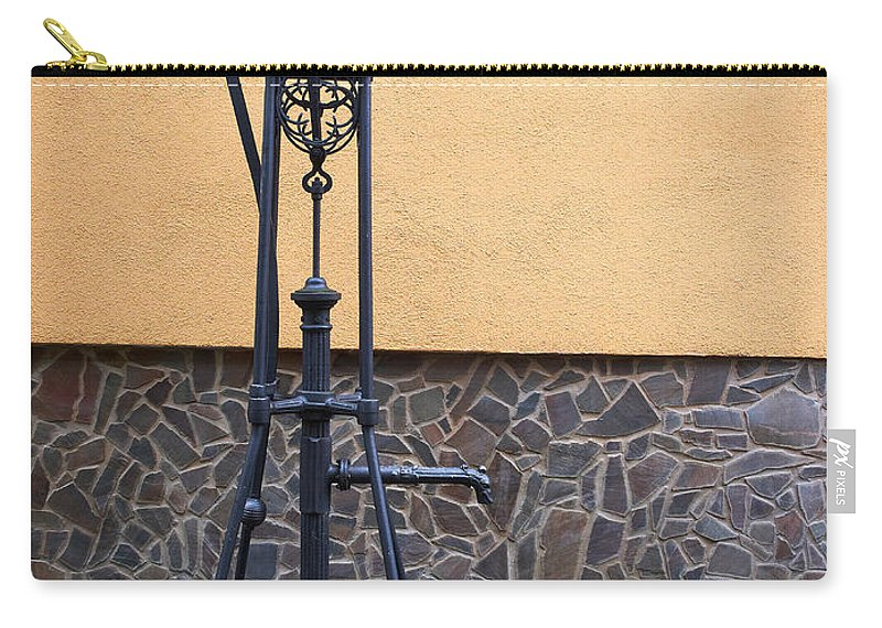 Alankomaat Carry-all Pouch featuring the photograph The Pump At St Goar Am Rhein by Jouko Lehto