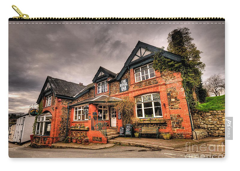 Royal Carry-all Pouch featuring the photograph The Royal Oak At Dunsford by Rob Hawkins