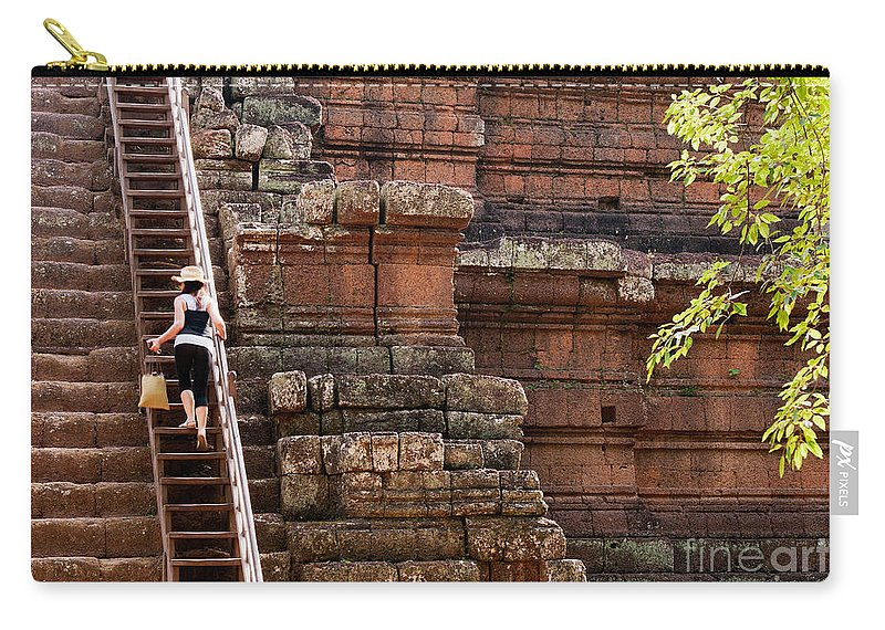 Tourist Carry-all Pouch featuring the photograph The Way Up by Rick Piper Photography