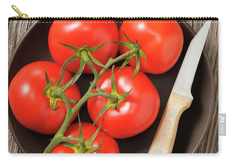 Kitchen Knife Carry-all Pouch featuring the photograph Tomato by Riou