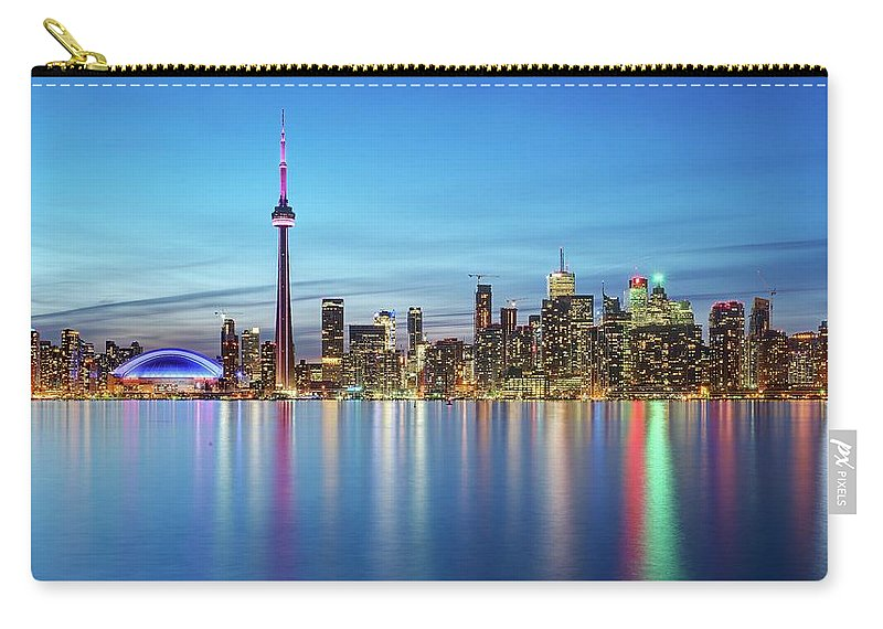 Tranquility Carry-all Pouch featuring the photograph Toronto Skyline by Thomas Kurmeier