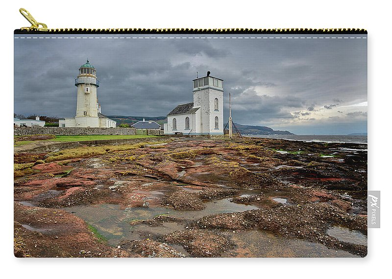 Lighthouse Carry-all Pouch featuring the photograph Toward Lighthouse by Gary Eason