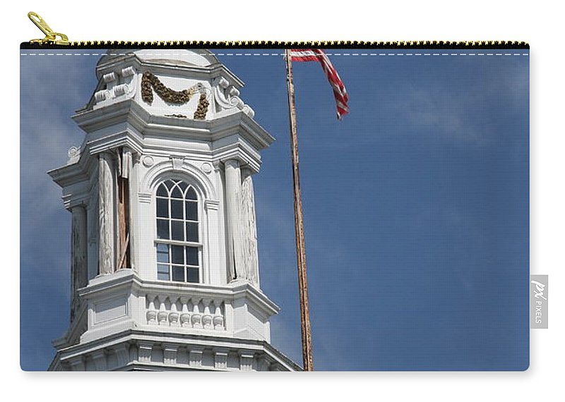 Turret Carry-all Pouch featuring the photograph Turret Main Post Office Annapolis by Christiane Schulze Art And Photography