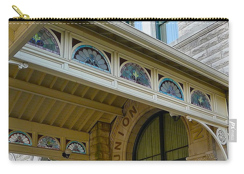 Union Station Carry-all Pouch featuring the photograph Union Station Hotel by Denise Mazzocco