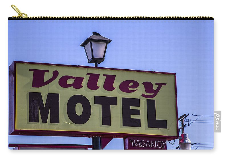 Route 66 Carry-all Pouch featuring the photograph Valley Motel by Angus Hooper Iii