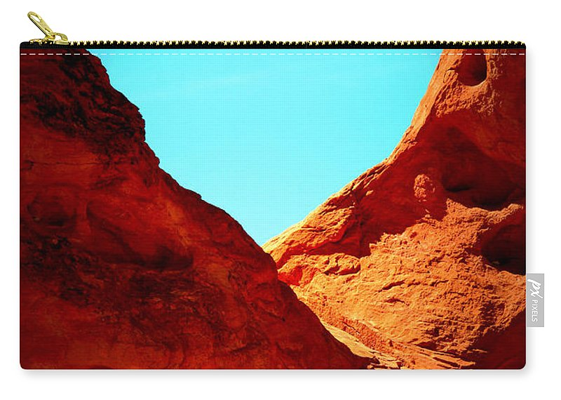 Valley Of Fire Carry-all Pouch featuring the photograph Valley Of Fire Nevada Desert Sand People by Katy Hawk