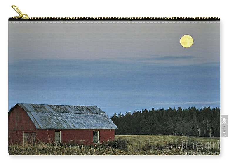Moon Carry-all Pouch featuring the photograph Vermont Full Moon by Deborah Benoit
