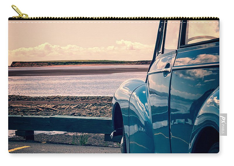 Beach Carry-all Pouch featuring the photograph Vintage Car At The Beach by Edward Fielding