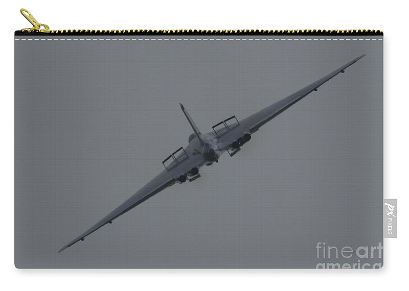 Xh558 Carry-all Pouch featuring the photograph Vulcan Xh558 by J Biggadike