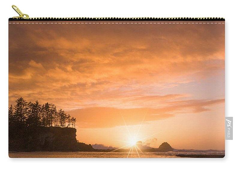 Coos Bay Carry-all Pouch featuring the photograph Walk Towards The Light by Patricia Davidson
