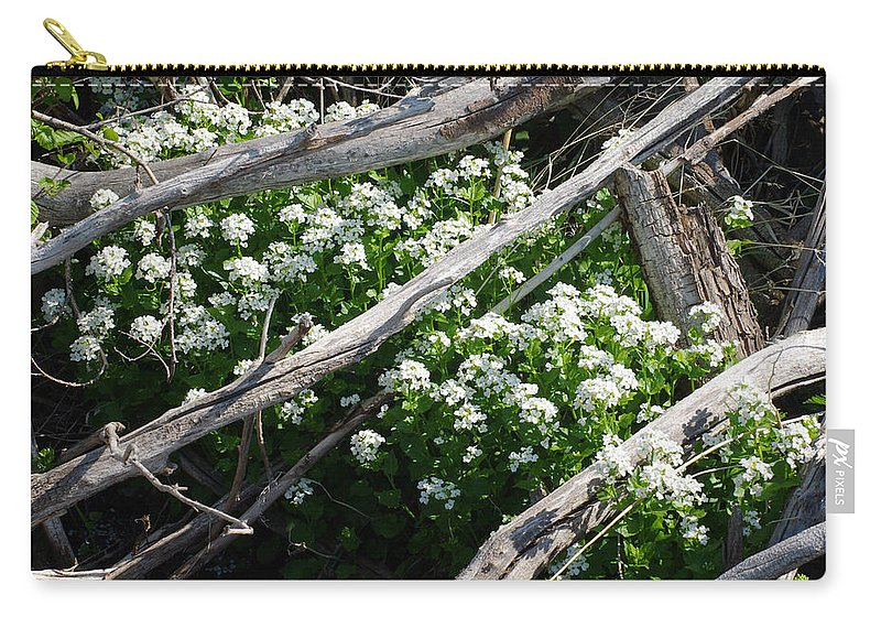 Colorado Photographs Carry-all Pouch featuring the photograph Water Cress by Gary Benson