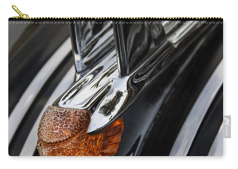 Hot Rod Carry-all Pouch featuring the photograph Weathered Chieftan by Guy Shultz