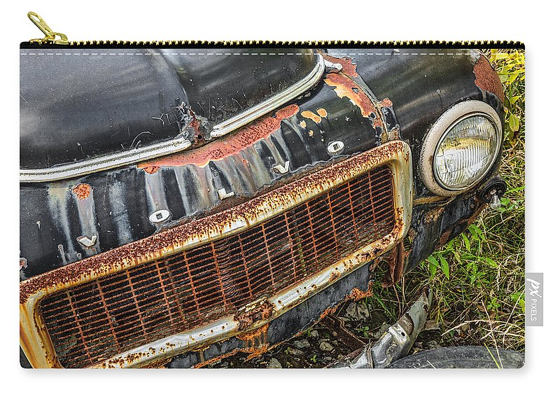 Weathered Carry-all Pouch featuring the photograph Weathered by Dale Kincaid
