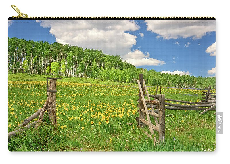 Tranquility Carry-all Pouch featuring the photograph Welcome To Heaven On Earth by Amy Hudechek