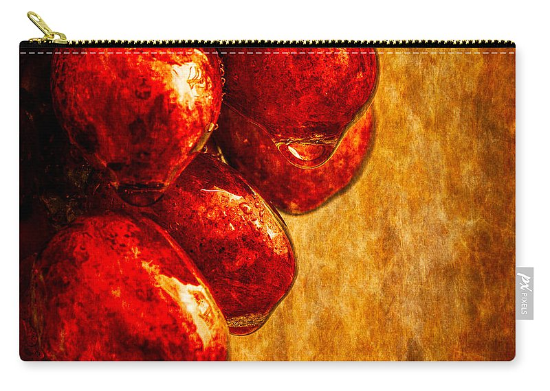 Rain Carry-all Pouch featuring the photograph Wet Grapes Three by Bob Orsillo