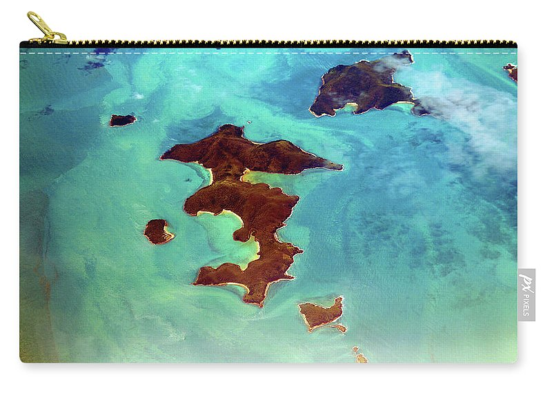 Scenics Carry-all Pouch featuring the photograph Whitsunday Islands by Photography By Mangiwau