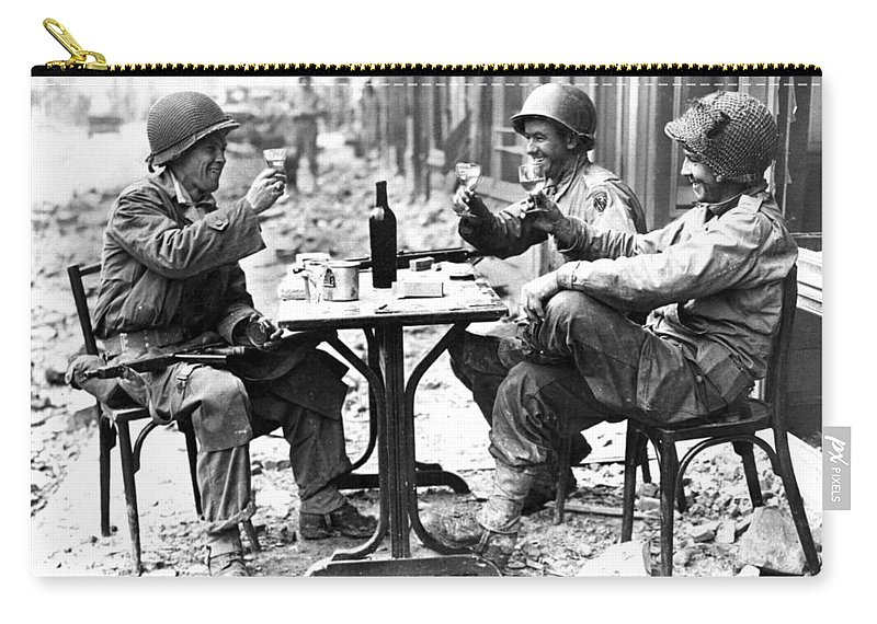 1944 Carry-all Pouch featuring the photograph World War II: Paris, 1944 by Granger