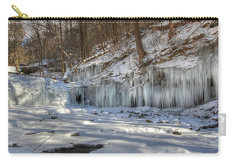 Wyandot Falls Carry-all Pouch featuring the photograph Wyandot In Winter by Lori Deiter