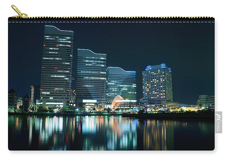 Minato Mirai Carry-all Pouch featuring the photograph Yokohama Minato-mirai by Kaoru Hayashi