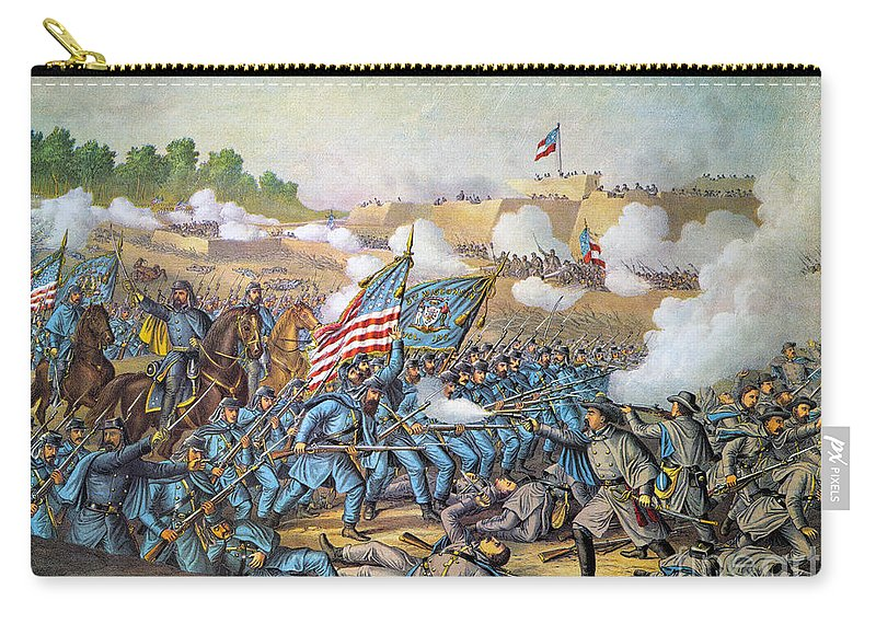 1862 Carry-all Pouch featuring the photograph Battle Of Williamsburg by Granger