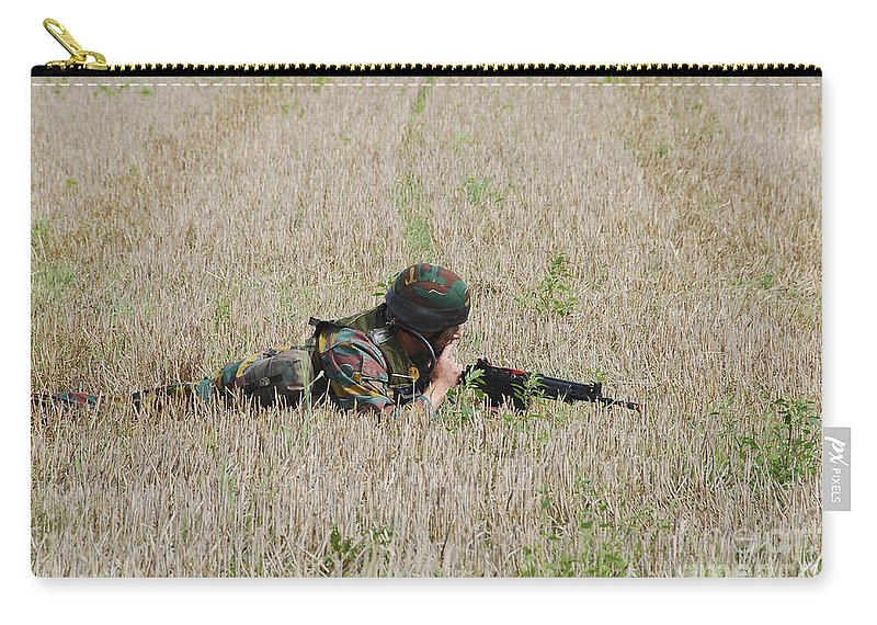 Aiming Carry-all Pouch featuring the photograph Belgian Paratroopers On Guard by Luc De Jaeger