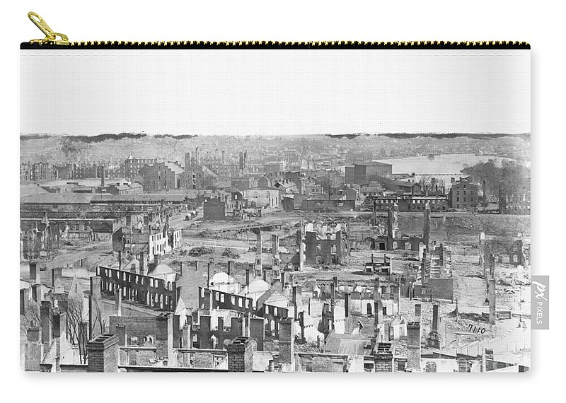 1865 Carry-all Pouch featuring the photograph Civil War: Richmond by Granger